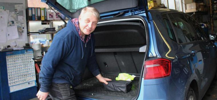 Norbert Bauske, KfZ-Meister der Reparatur-Werkstatt neben der Tankstelle